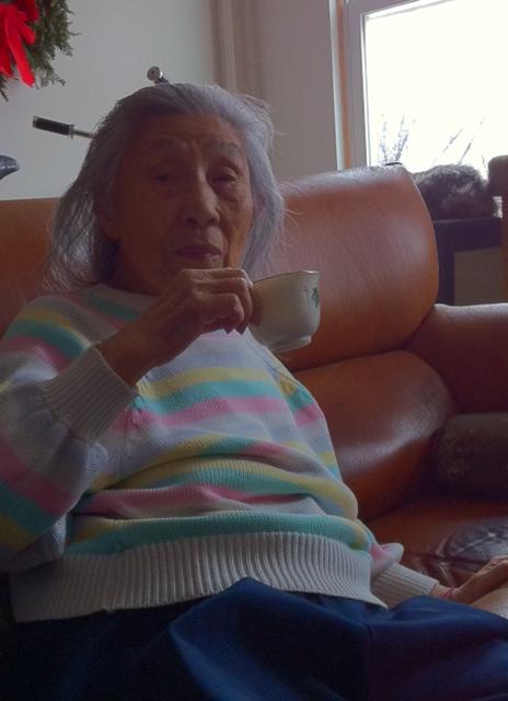 This Old Lady can chug chug chug!